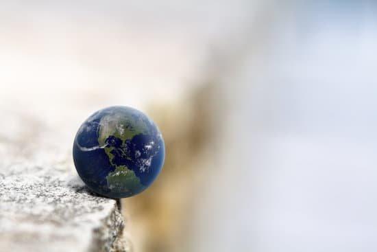 地球や社会に大きな現象・変化・危機が起こっている
