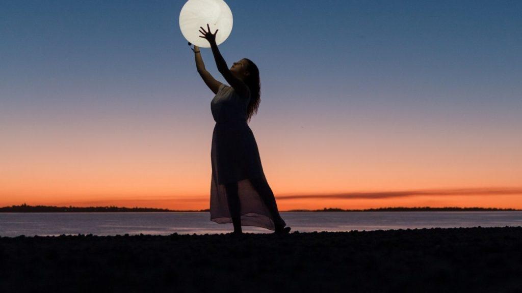 復縁の願い事を引き寄せる満月のまじない「ククルクゥ」