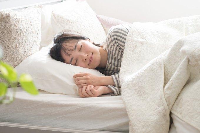 寝る時、外出時も肌身離さず持ち歩く