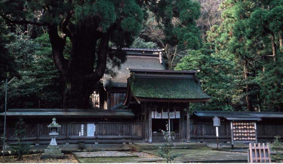 縁結びパワーが凄いことで有名な小浜市の「若狭姫神社」