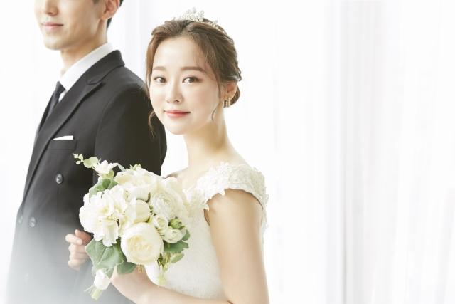 結婚の願いが叶うおまじない・ジンクスが叶って結婚した女性のイメージ画像