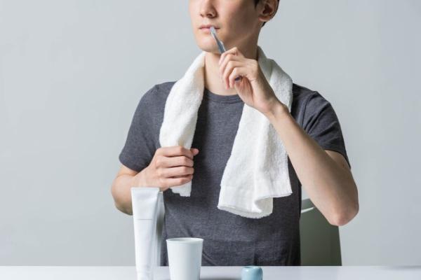 しろえホワイトニング歯磨き粉は女性だけ?男性・メンズにも効く?